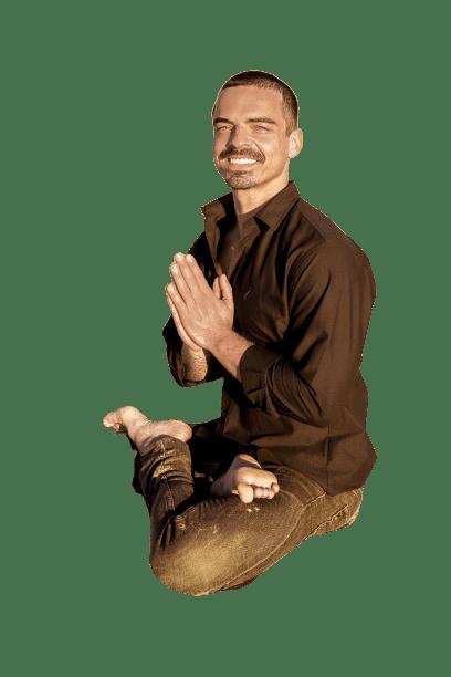 YOGA: A UNIÃO COM O DIVINO